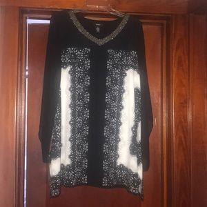 Alfani sheer 3/4 sleeves black and white tunic